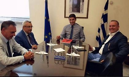 Για οικονομικό και τηλεοπτικά συζήτησαν ΕΣΑΠ, Αυγενάκης