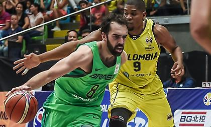 Μπενίτε: «Θα είναι λάθος να σκεφτόμαστε μόνο τον Γιάννη όταν παίξουμε με Ελλάδα»