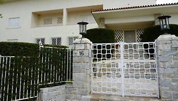 Κουίζ παρατηρητικότητας: Θυμάσαι ποια πασίγνωστη ελληνική ταινία γυρίστηκε σ' αυτό το σπίτι;