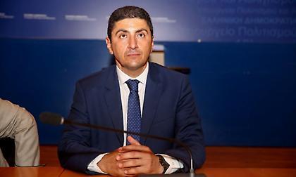 Αυγενάκης στον ΣΠΟΡ FM για Ολυμπιακό: «Να αποφασίσουν τι θέλουν οι εμπλεκόμενοι»