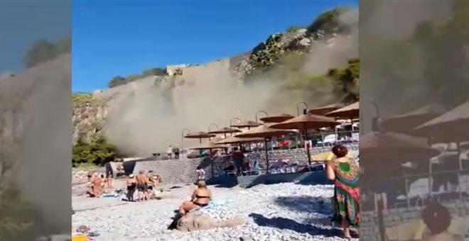 Ναύπλιο: Καρέ-καρέ η στιγμή της κατολίσθησης στην παραλία της Αρβανιτιάς