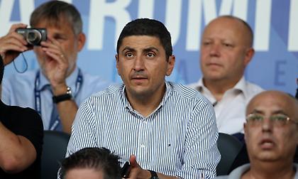 Καταγγέλλει Ολλανδούς δημοσιογράφους στην UEFA για προσβλητικά σχόλια ο Αυγενάκης