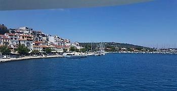 Σκιάθος: Επανηλεκτροδοτήθηκε η Χώρα - Σταδιακή αποκατάσταση σε όλο το νησί
