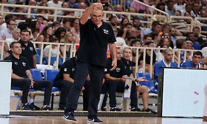 Σκουρτόπουλος: «Έχουμε έλλειμμα στα γκαρντ, πιθανώς να καλέσουμε κάποιον ακόμα» (video)