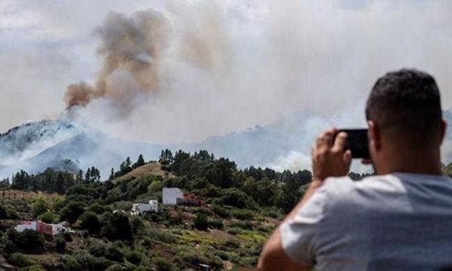 Γκραν Κανάρια: Mαίνεται η πυρκαγιά - Πάνω από 4.000 άνθρωποι απομακρύνθηκαν