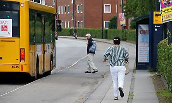 Ένας στους δύο δεν μπορεί να τρέξει ούτε για να προλάβει το λεωφορείο!