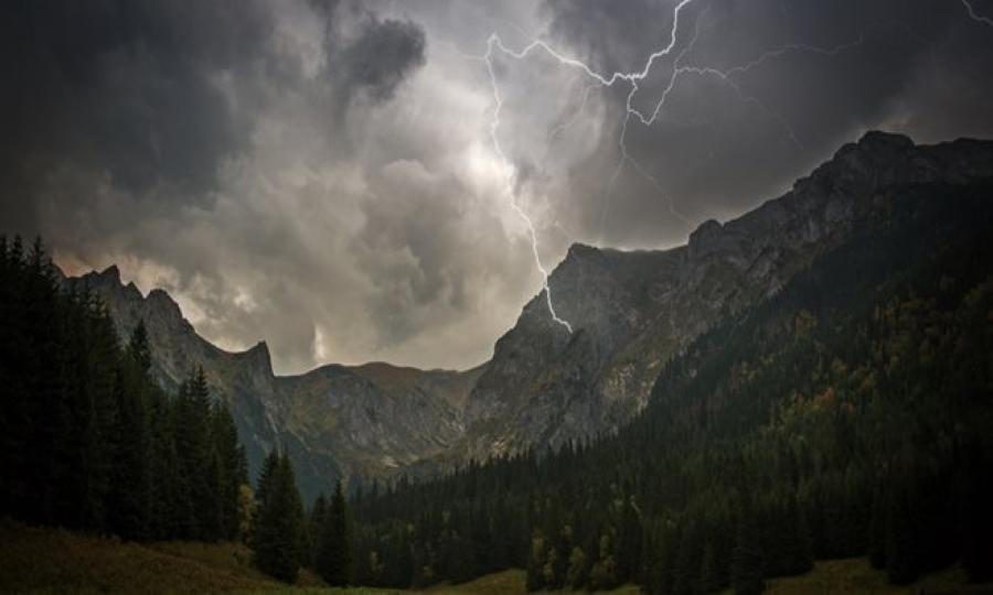 Σύνορα Πολωνίας - Σλοβακίας: 5 νεκροί από πτώση κεραυνού στο όρος Τάτρας