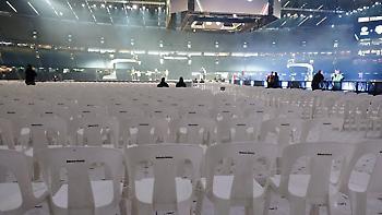 Έρευνα των αρχών για το φιάσκο με τις πλαστικές καρέκλες στο Αυστραλία-ΗΠΑ