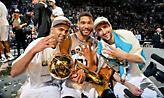 Σπερς: Η… «Αγία Τριάδα» φωτογραφίζεται με τις παίκτριες της Βιλερμπάν!