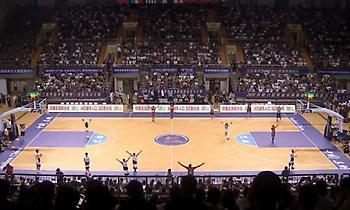 Γέμισαν το γήπεδο για Γιάννη και Εθνική οι Κινέζοι στη Σουτσόου (pic)