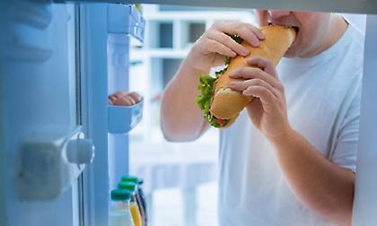 Πέντε λόγοι που αισθάνεστε συνέχεια ότι πεινάτε