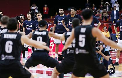 Χενάρε: «Φανταστική ομάδα η Ελλάδα, περήφανος για τους παίκτες μου»