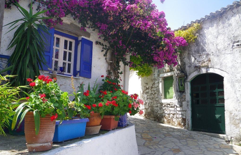 Το απομονωμένο χωριό της Ελλάδας που οι κάτοικοι του μιλούν με σφυρίγματα