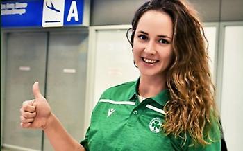 Έφτασε στην Αθήνα η Πότοκαρ – «Αγαπημένο μου χρώμα το πράσινο, να τιμήσω τον Παναθηναϊκό»