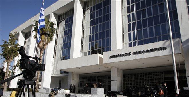 Σε εξέλιξη η κατάθεση του εισαγγελέα Αγγελή για την Novartis