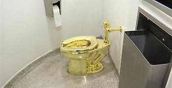 Χρυσή τουαλέτα κλάπηκε από το ανάκτορο όπου γεννήθηκε ο Τσόρτσιλ