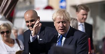 «Ο Απίθανος Χαλκ» Τζόνσον δεσμεύτηκε να βγει από ΕΕ στις 31 Οκτωβρίου