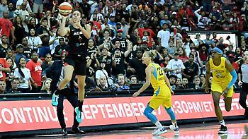Απίστευτο φινάλε σε αγώνα playoffs του WNBA (video)