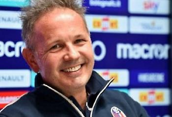 Επισκέφθηκαν τον Μιχαΐλοβιτς στο νοσοκομείο οι ποδοσφαιριστές της Μπολόνια