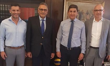 Συνάντηση των διοικητικών ηγετών της ΕΛΟΤ με  Αυγενάκη