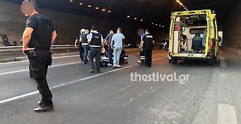 Θεσσαλονίκη: Αυτοκτόνησε πέφτοντας από γέφυρα και τραυμάτισε μοτοσικλετιστή