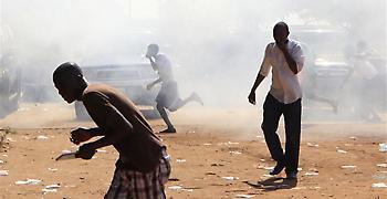 Λιβερία: Δεκάδες παιδιά έχασαν τη ζωή τους σε πυρκαγιά σε σχολείο