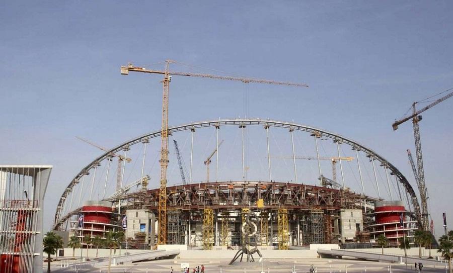 Χιλιάδες εργάτες απλήρωτοι στις εργασίες για το Μουντιάλ στο Κατάρ, σύμφωνα με τη Διεθνή Αμνηστία