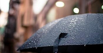 Kαταιγίδες και πτώση θερμοκρασίας: Από το απόγευμα η επιδείνωση του καιρού