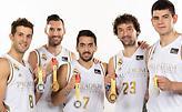 Οι πέντε… παγκόσμιοι της Ρεάλ ποζάρουν με τα μετάλλιά  τους (pic)