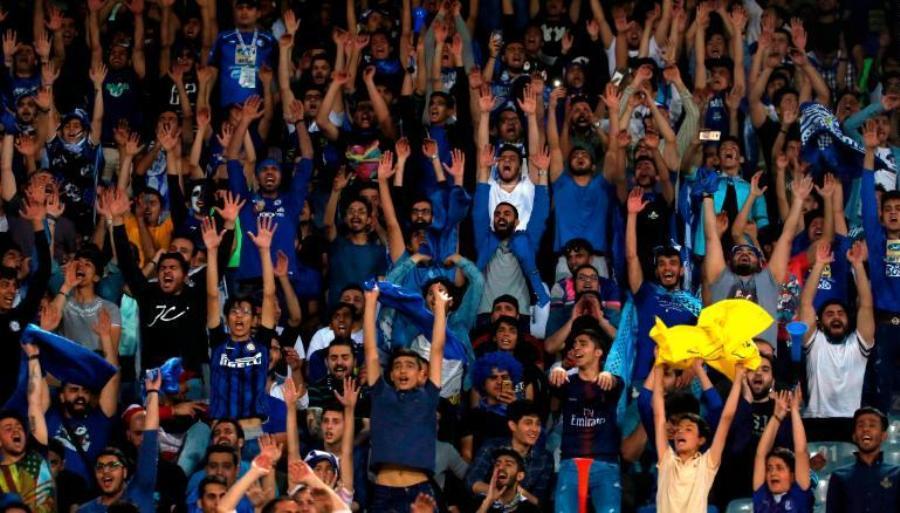 Εντολή FIFA σε ΠΟ Ιράν: «Να επιτρέψετε στις γυναίκες την είσοδο στα γήπεδα»