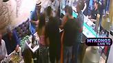 Μύκονος: Υπάλληλος σουβλατζίδικου σώζει πελάτισσα από πνιγμό (vid)