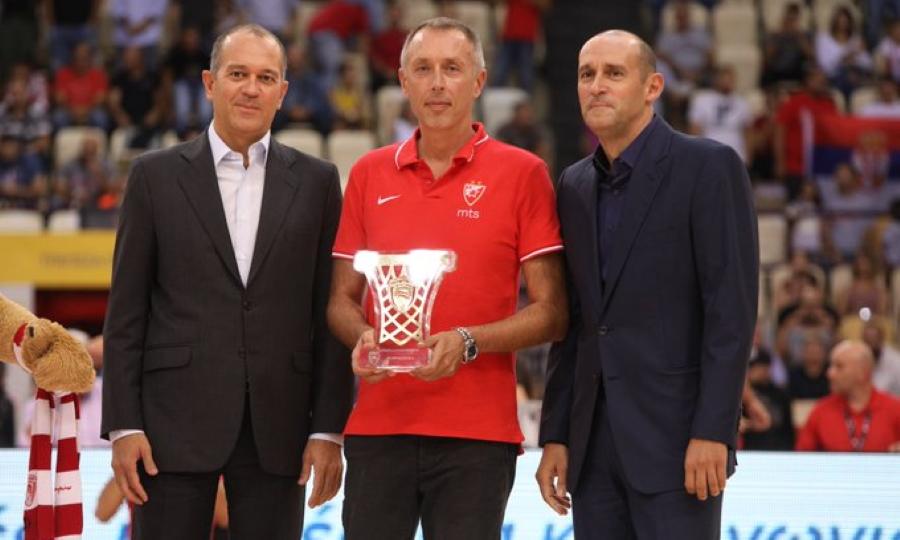 Βραβεύτηκε από τον Ολυμπιακό ο Τόμιτς! (pics&video)