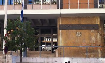 Θεσσαλονίκη: Δικηγόρος άφησε την τελευταία του πνοή στην είσοδο των δικαστηρίων