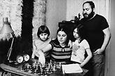 Το ακραίο πείραμα του Πόλγκαρ: Δημιούργησε 3 κόρες-διάνοια για να αποδείξει ότι ιδιοφυία γίνεσαι