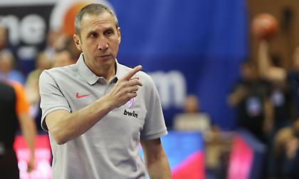 Ζέρβας: «Στον Ολυμπιακό πρέπει να σκεφτούν τι θέλουν στη φετινή Euroleague»