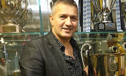 Σαμπανάτζοβιτς στον ΣΠΟΡ FM: «Μικρό προβάδισμα ο Ερυθρός Αστέρας λόγω έδρας - Ξεχωρίζει ο Μάριν»