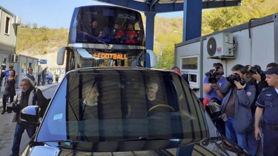 Απαγορεύτηκε η είσοδος του Ερυθρού Αστέρα στο Κόσοβο για ένα ματς Κυπέλλου! (video)