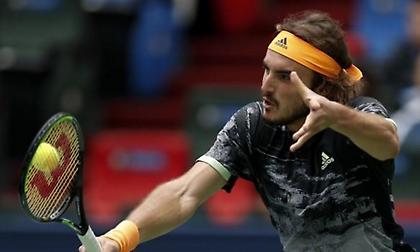Στον Γιώργο Καλοβελώνη αφιέρωσε τη νίκη του ο Τσιτσιπάς (video / pic)
