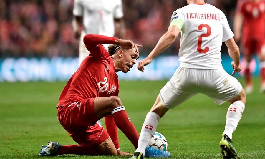 Νίκησε την Ελβετία και αγκάλιασε την πρόκριση η Δανία