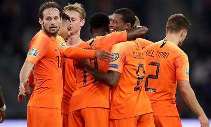 «Καθάρισε» ο Βαϊνάλντουμ για την Ολλανδία