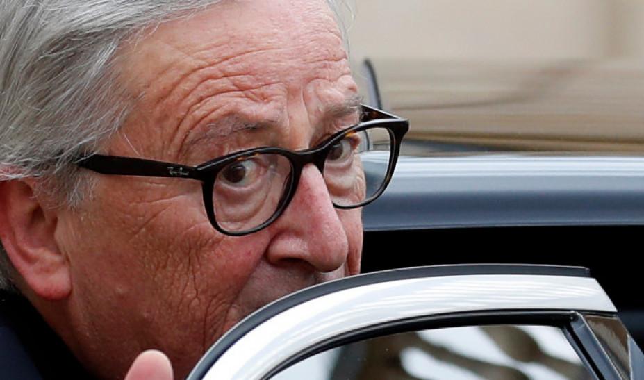 Γιούνκερ: Αυτοί δεν ήθελαν να μείνει η Ελλάδα στο ευρώ