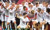Της... τρελής στα αποδυτήρια της Πολωνίας μετά την πρόκριση στο Euro 2020