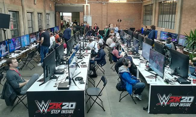 Μπήκαμε στο... ρινγκ του νέου video game του WWE