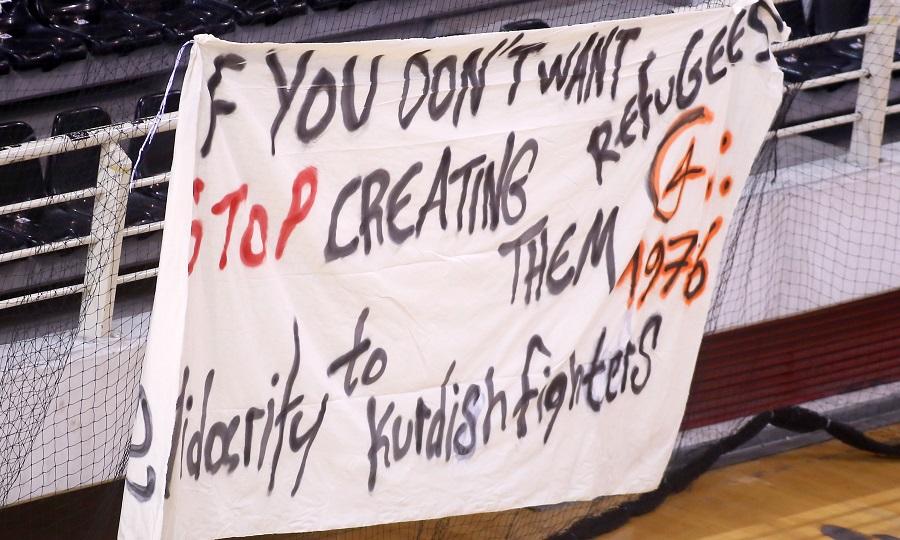 Μήνυμα συμπαράστασης στους Κούρδους από τους οργανωμένους του ΠΑΟΚ (pic)