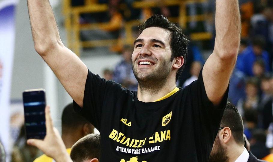 Μαυροειδής στο sport-fm.gr: «Να καταλάβουν οι φίλοι της ΑΕΚ ότι με 20.000 κόσμο δεν χάνουμε»
