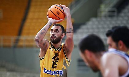 Χρυσικόπουλος στο sport-fm.gr: «Έχω πολύ καλό προαίσθημα γι' αυτή τη χρονιά»