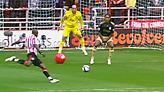 Μια 10ετία από το πιο περίεργο γκολ στην ιστορία του ποδοσφαίρου! (vid)