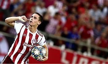 Νικολακόπουλος: «Αξίζει εκατομμύρια το +2 στο συμβόλαιο του Ποντένσε»