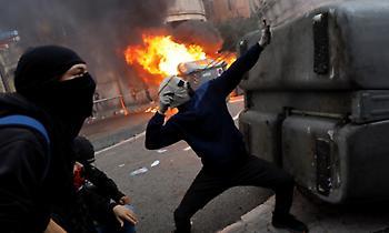 Στη Βαρκελώνη η πολιτοφυλακή εν μέσω διαδηλώσεων αυτονομιστών
