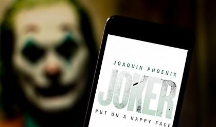 Σάλος με την επέμβαση της αστυνομίας σε κινηματογράφους για τον «Τζόκερ»